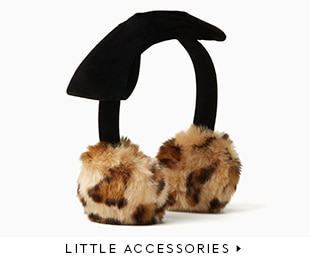 little accessories.